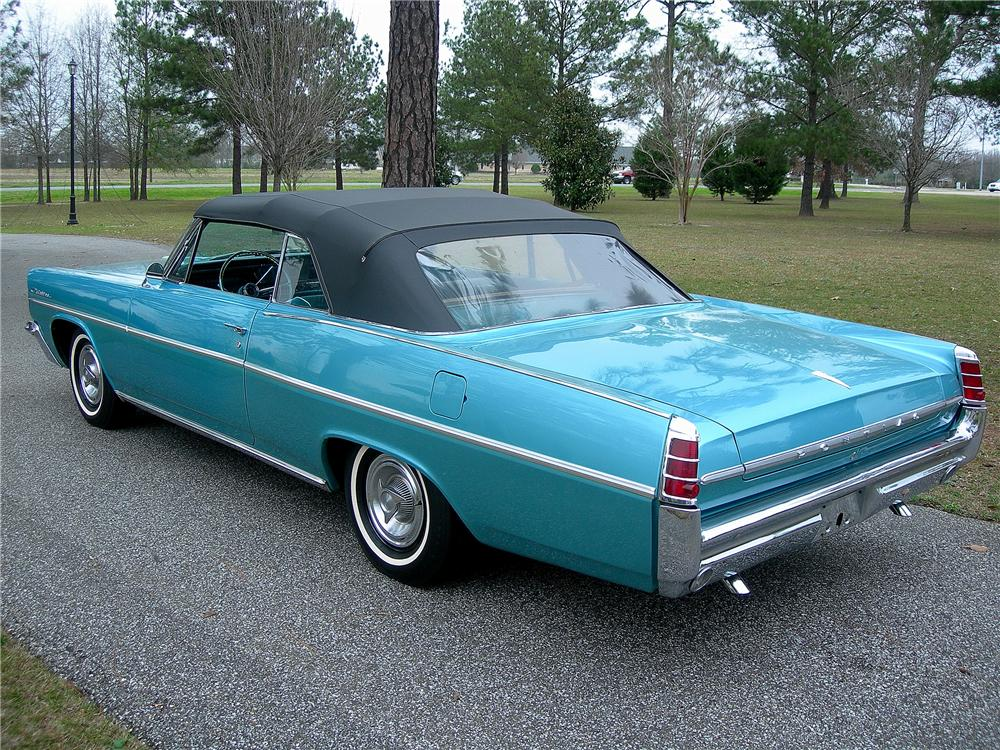 1963 PONTIAC CATALINA CONVERTIBLE - Rear 3/4 - 125336