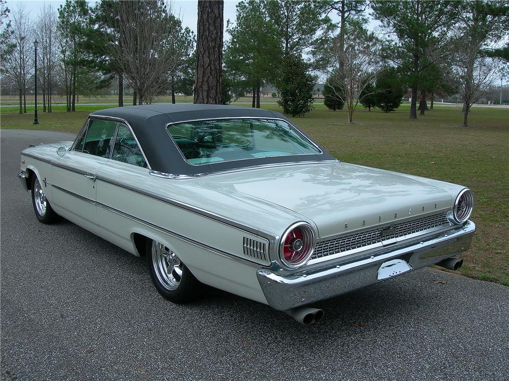 1963 FORD GALAXIE 500 CUSTOM FASTBACK - Rear 3/4 - 125337