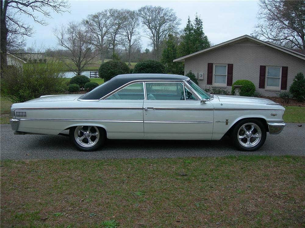 1963 FORD GALAXIE 500 CUSTOM FASTBACK - Side Profile - 125337