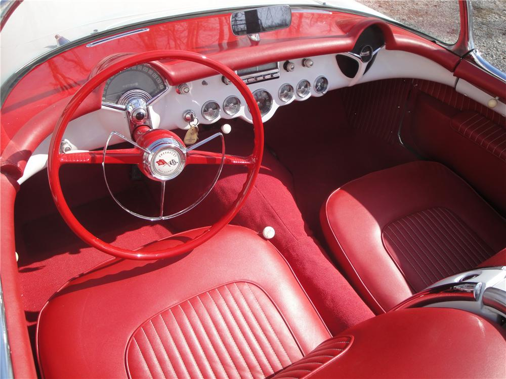 1955 CHEVROLET CORVETTE CONVERTIBLE - Interior - 125349