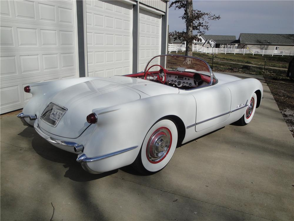 1955 CHEVROLET CORVETTE CONVERTIBLE - Rear 3/4 - 125349