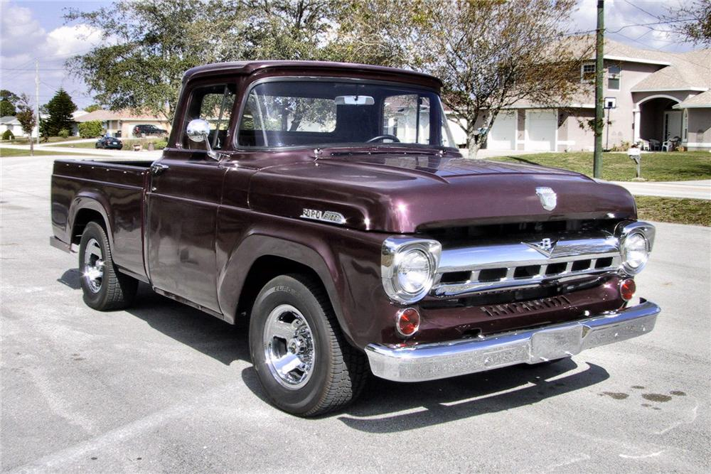 1957 FORD F-100 CUSTOM PICKUP - Front 3/4 - 125351