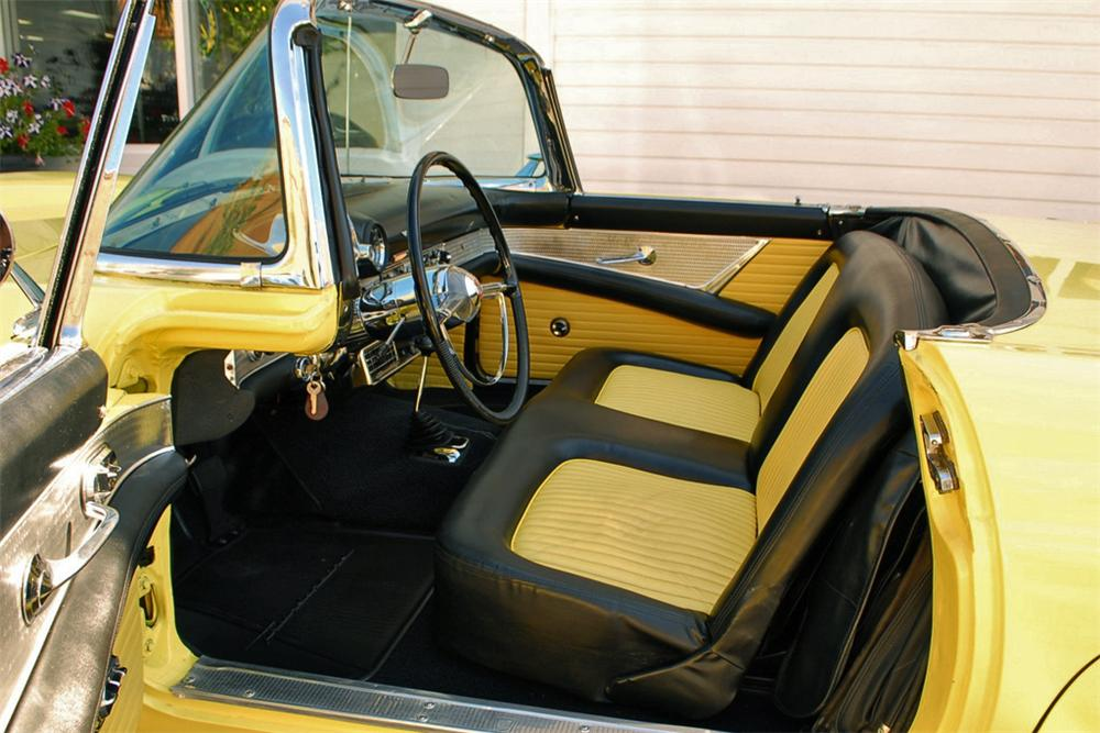 1955 FORD THUNDERBIRD CONVERTIBLE - Interior - 125356