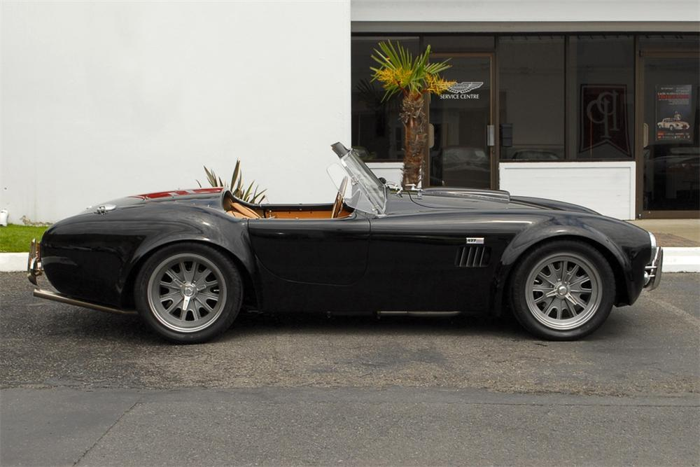 2006 SUPERFORMANCE COBRA RE-CREATION ROADSTER - Side Profile - 125358