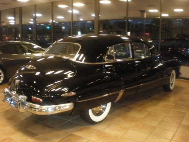 1948 BUICK ROADMASTER 4 DOOR SEDAN - Rear 3/4 - 125523