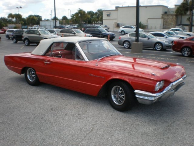 1964 FORD THUNDERBIRD CONVERTIBLE - Front 3/4 - 125524