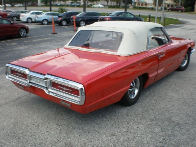 1964 FORD THUNDERBIRD CONVERTIBLE - Side Profile - 125524