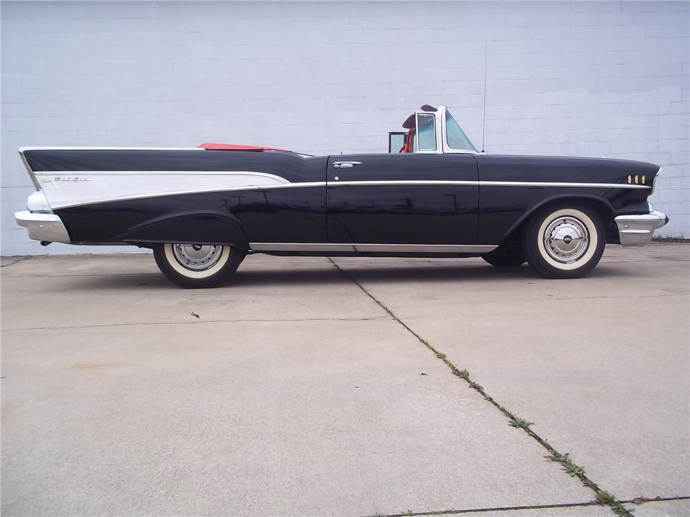 1957 CHEVROLET BEL AIR CONVERTIBLE - Side Profile - 125544
