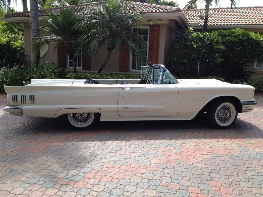 1960 FORD THUNDERBIRD CONVERTIBLE - Side Profile - 125697