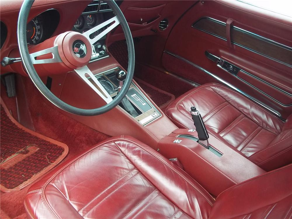 1975 CHEVROLET CORVETTE CONVERTIBLE - Interior - 125712