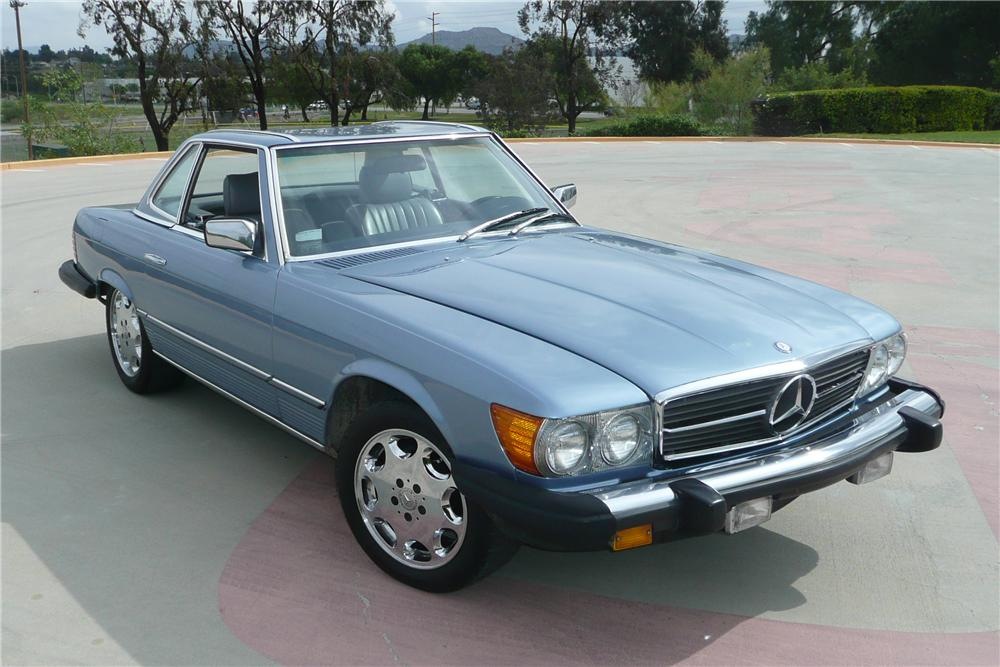 1983 MERCEDES-BENZ 380SL CONVERTIBLE - Front 3/4 - 125720