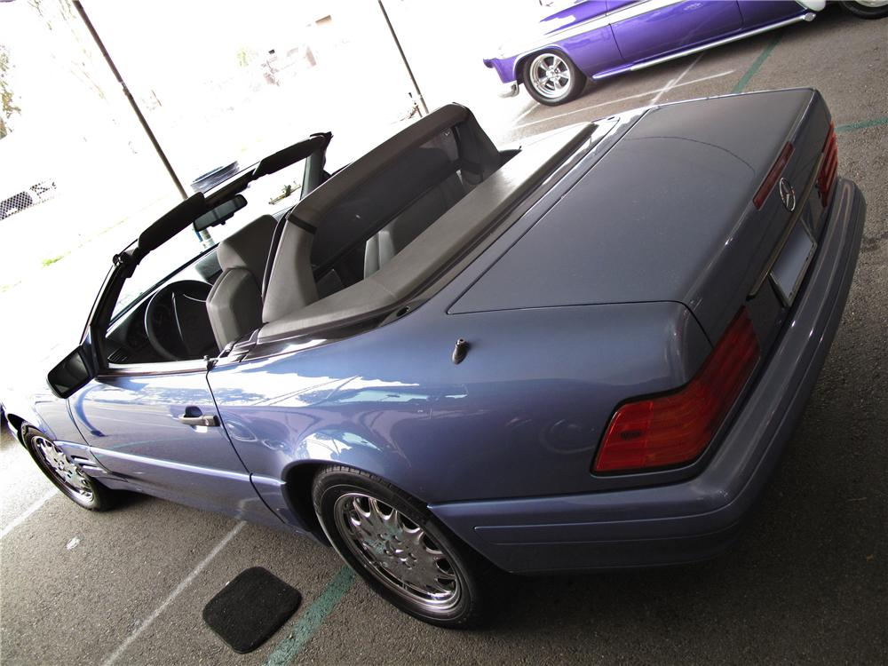 1997 MERCEDES-BENZ 320SL CONVERTIBLE - Rear 3/4 - 125721