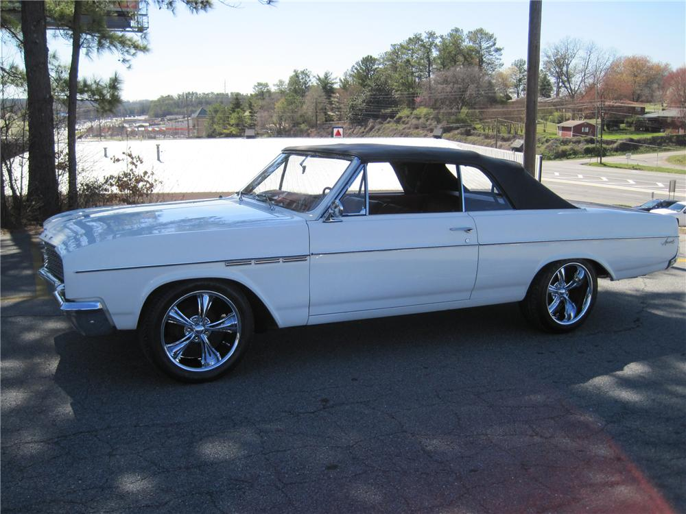 1965 BUICK SPECIAL CONVERTIBLE - Side Profile - 125735