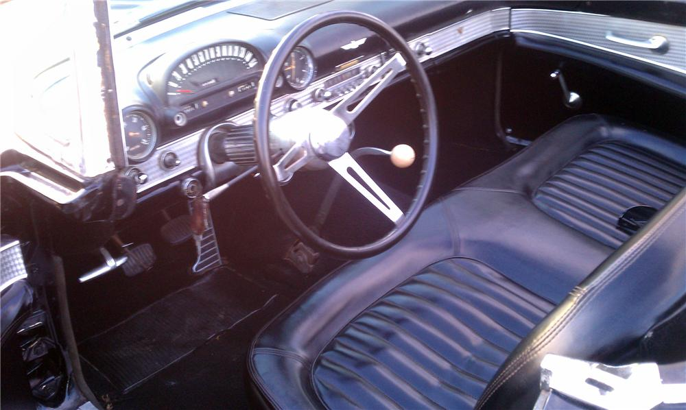 1955 FORD THUNDERBIRD CONVERTIBLE - Interior - 125746