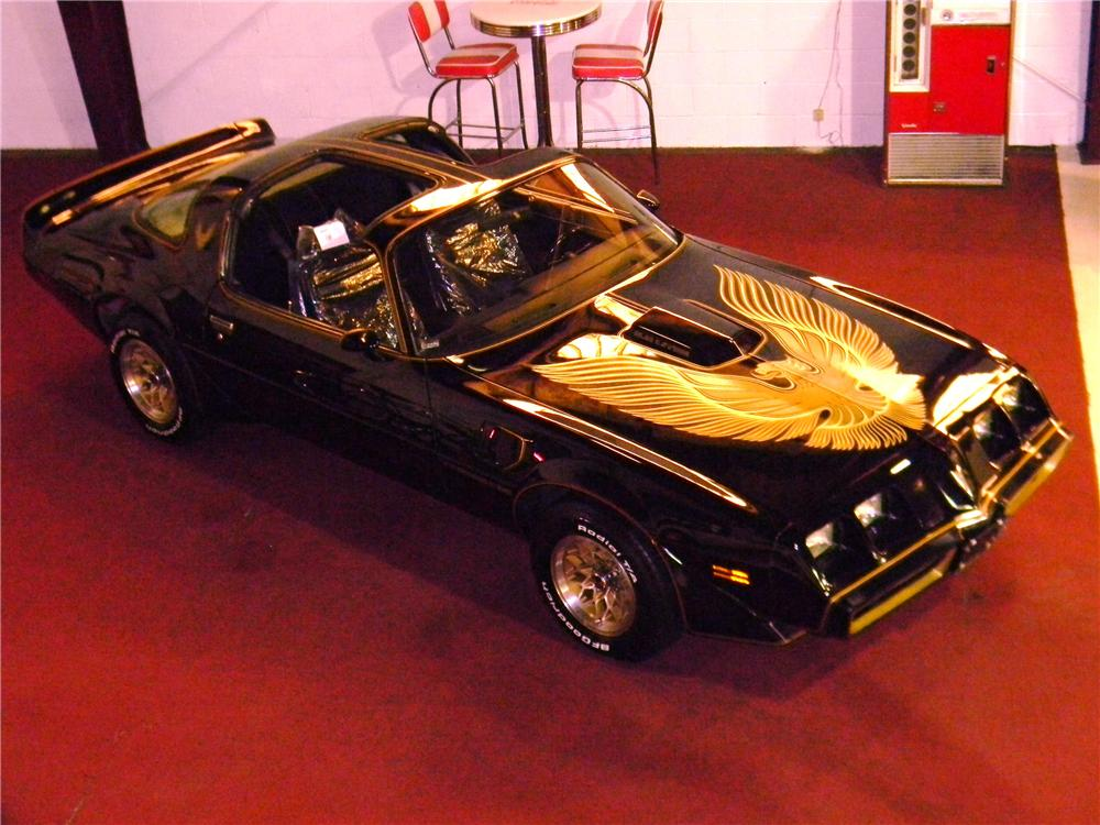 1981 PONTIAC FIREBIRD TRANS AM 2 DOOR COUPE - Front 3/4 - 125754