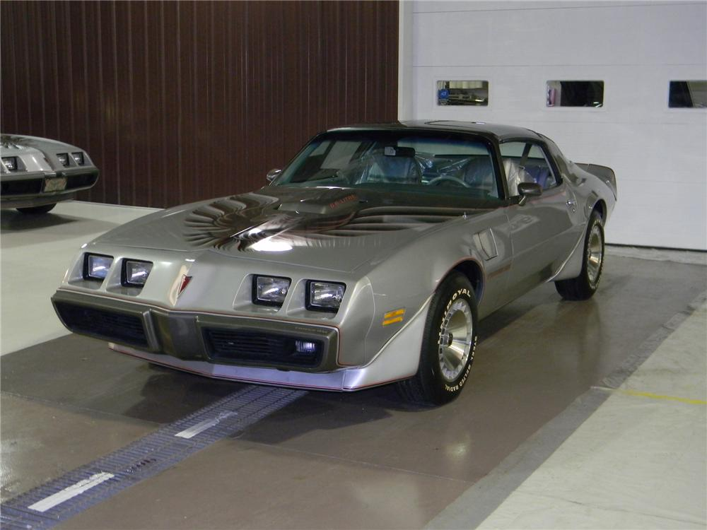 1979 PONTIAC FIREBIRD TRANS AM 10TH ANNIVERSARY COUPE - Front 3/4 - 125755