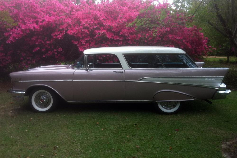 1957 CHEVROLET NOMAD STATION WAGON - Side Profile - 125762