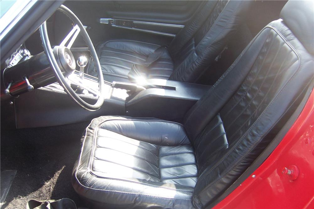 1969 CHEVROLET CORVETTE CONVERTIBLE - Interior - 125767