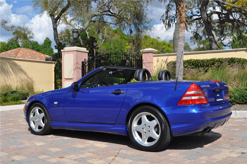1999 MERCEDES-BENZ SLK230 CONVERTIBLE - Rear 3/4 - 125770