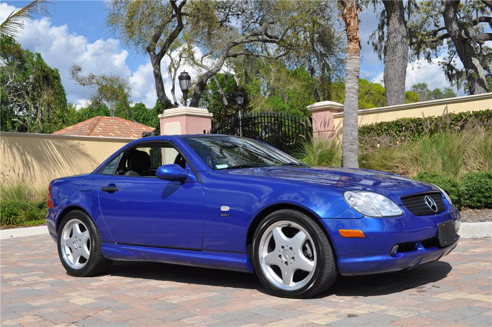 1999 MERCEDES-BENZ SLK230 CONVERTIBLE - Side Profile - 125770