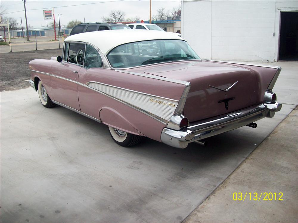 1957 CHEVROLET BEL AIR 2 DOOR HARDTOP - Rear 3/4 - 125775