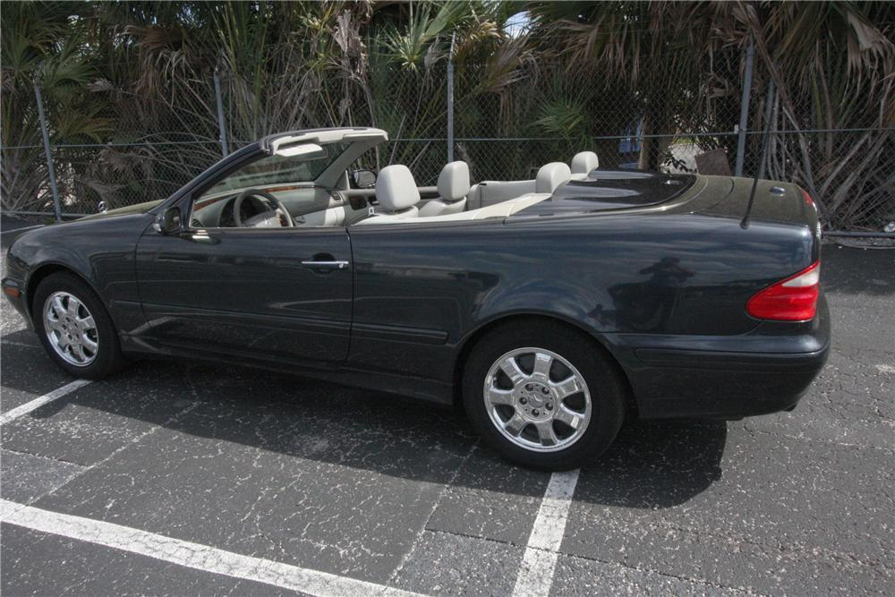 2000 MERCEDES-BENZ CLK 320 CONVERTIBLE - Side Profile - 125779