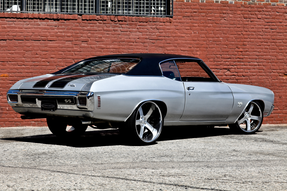 1970 CHEVROLET CHEVELLE SS CUSTOM COUPE - Rear 3/4 - 125816