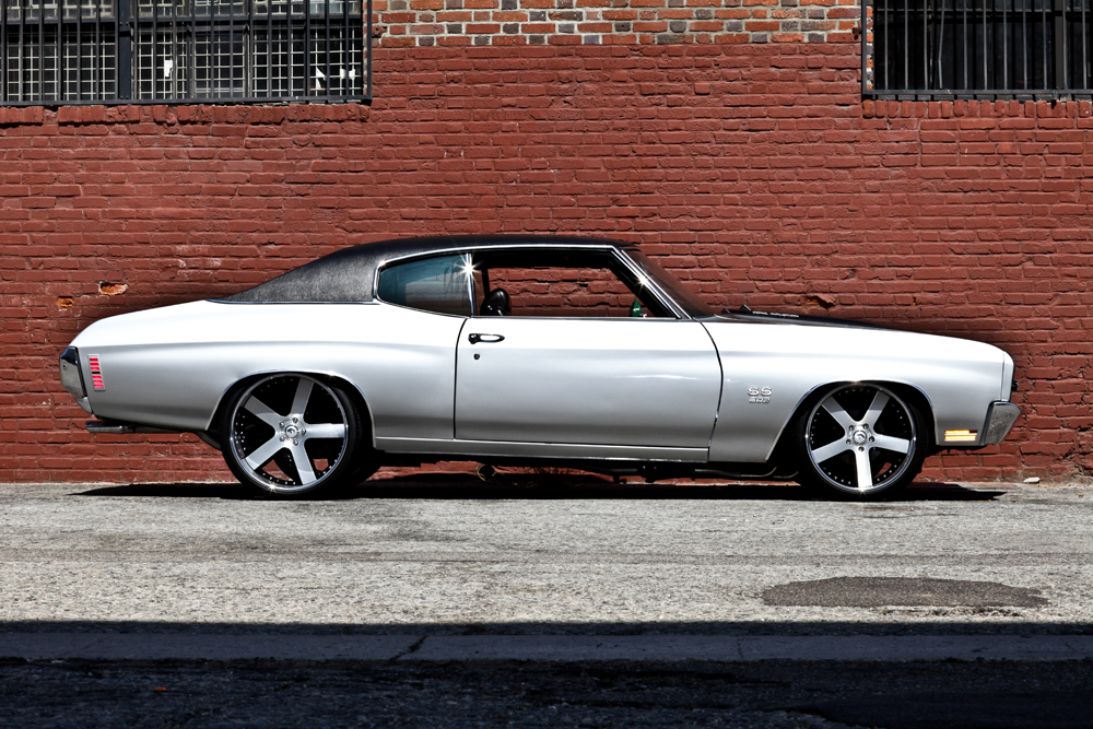 1970 CHEVROLET CHEVELLE SS CUSTOM COUPE - Side Profile - 125816