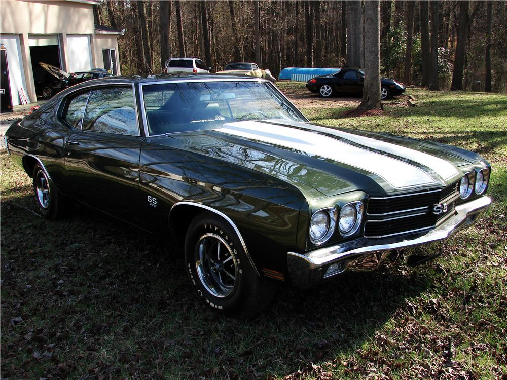 1970 CHEVROLET CHEVELLE SS 396 2 DOOR COUPE - Front 3/4 - 125837
