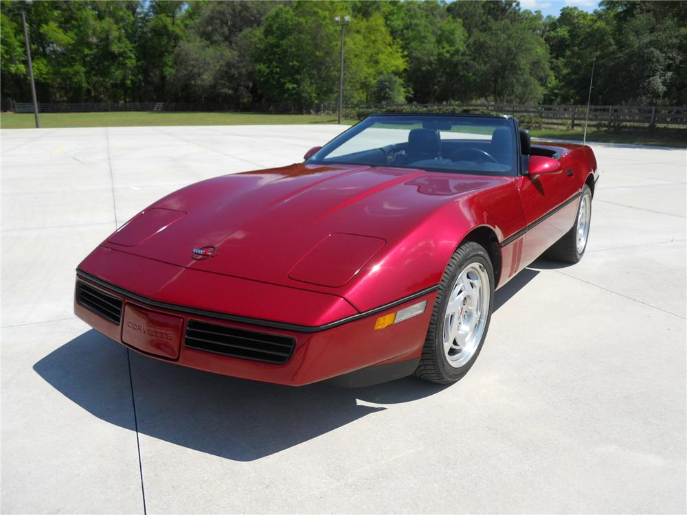 1990 CHEVROLET CORVETTE CONVERTIBLE - Front 3/4 - 125843