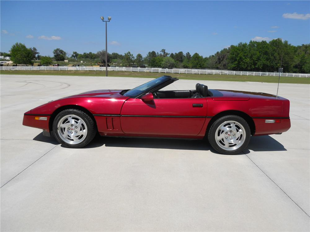 1990 CHEVROLET CORVETTE CONVERTIBLE - Side Profile - 125843