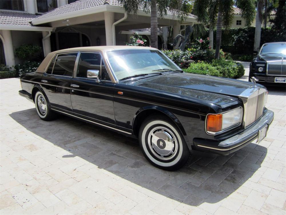 1987 ROLLS-ROYCE SILVER SPUR 4 DOOR SEDAN - Front 3/4 - 125862
