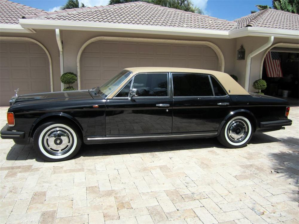 1987 ROLLS-ROYCE SILVER SPUR 4 DOOR SEDAN - Side Profile - 125862