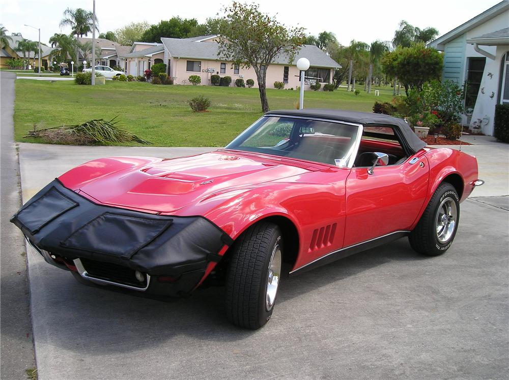 1968 CHEVROLET CORVETTE CONVERTIBLE - Front 3/4 - 125893