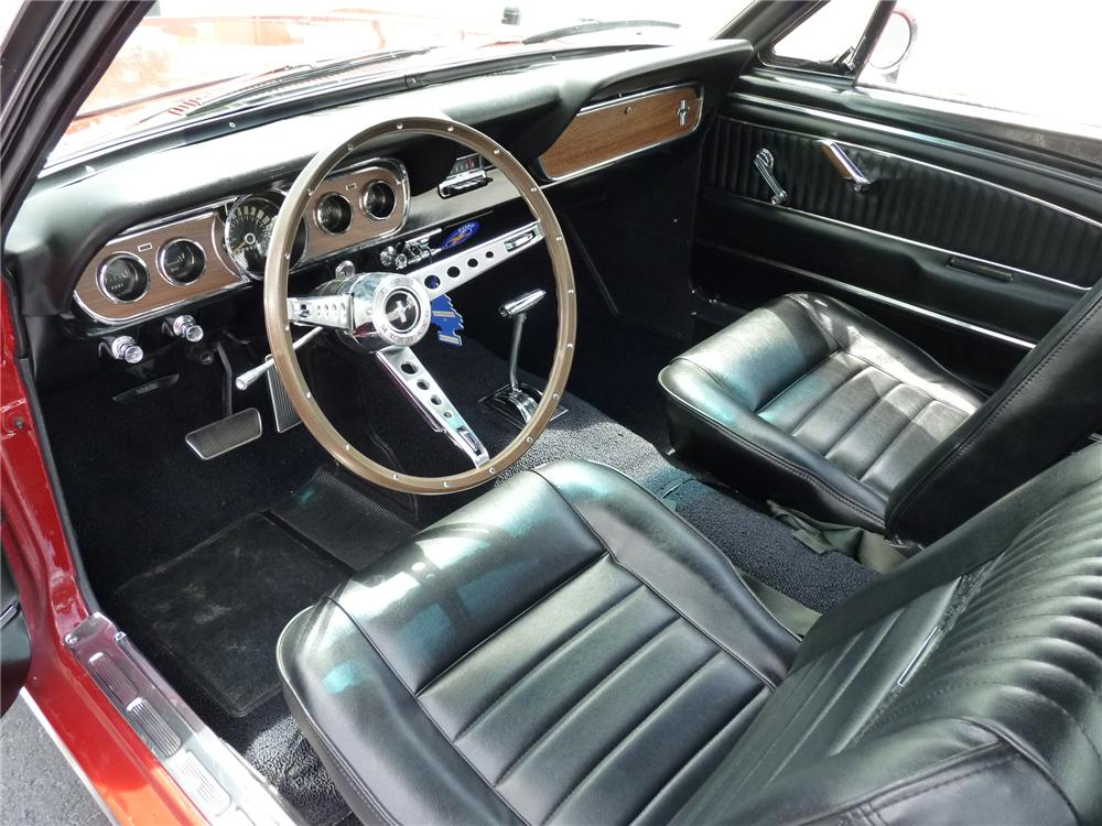 1966 FORD MUSTANG COUPE - Interior - 125913