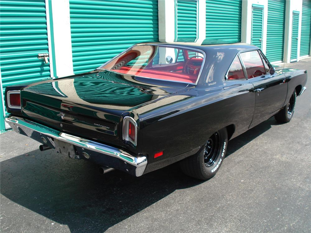 1969 PLYMOUTH ROAD RUNNER 2 DOOR HARDTOP - Rear 3/4 - 126754
