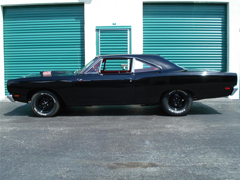1969 PLYMOUTH ROAD RUNNER 2 DOOR HARDTOP - Side Profile - 126754