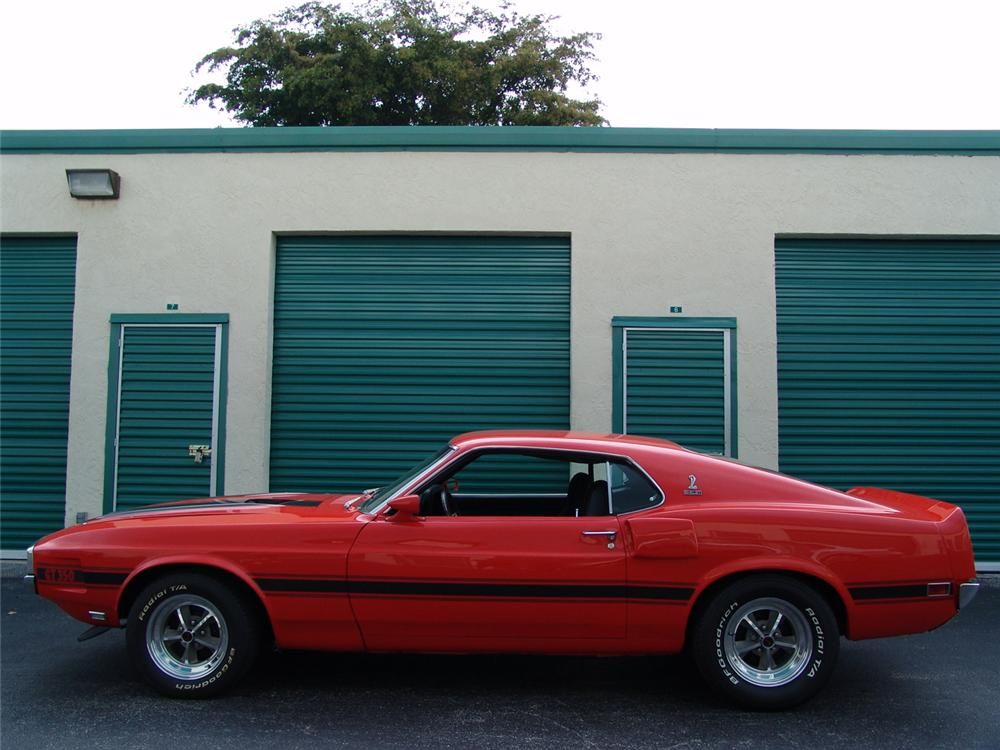 1970 FORD MUSTANG CUSTOM FASTBACK - Side Profile - 126873