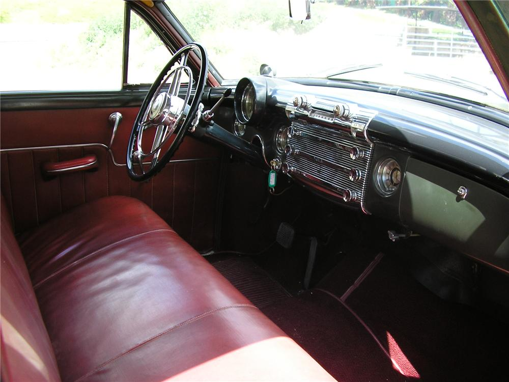 1950 BUICK ROADMASTER WOODY WAGON - Interior - 130233