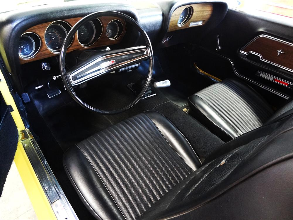 1970 FORD MUSTANG BOSS 302 FASTBACK - Interior - 130237