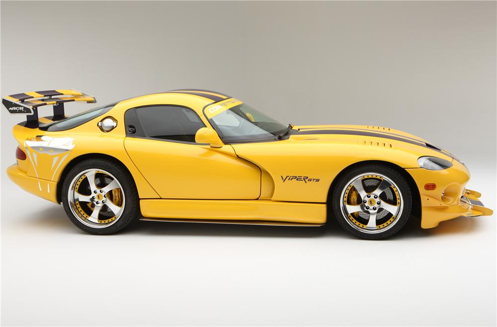 2001 DODGE VIPER GTS CUSTOM 2 DOOR COUPE - Side Profile - 130240
