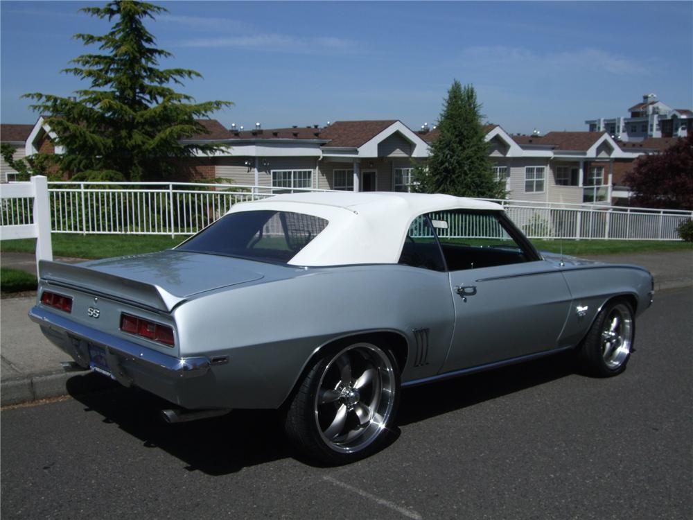 1969 CHEVROLET CAMARO CUSTOM CONVERTIBLE - Rear 3/4 - 130242