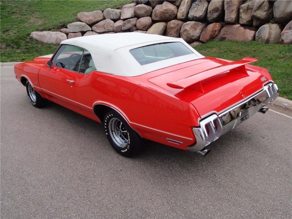 1970 OLDSMOBILE 442 CONVERTIBLE - Rear 3/4 - 130255