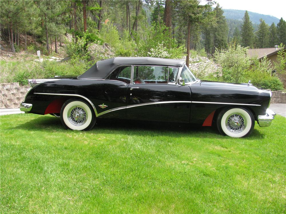 1954 BUICK SKYLARK CONVERTIBLE - Side Profile - 130292