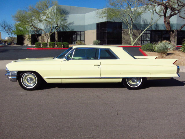 1962 CADILLAC SERIES 62 2 DOOR HARDTOP - Side Profile - 130306