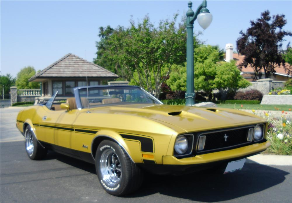 1973 FORD MUSTANG CUSTOM CONVERTIBLE - Front 3/4 - 130310