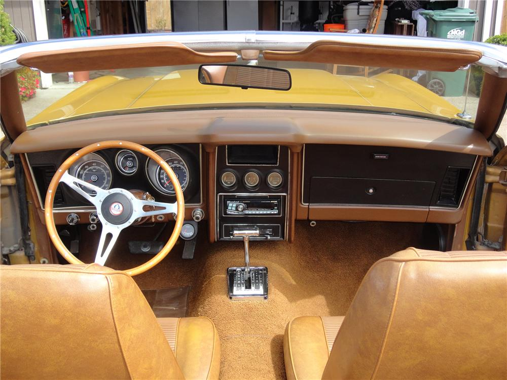 1973 FORD MUSTANG CUSTOM CONVERTIBLE - Interior - 130310