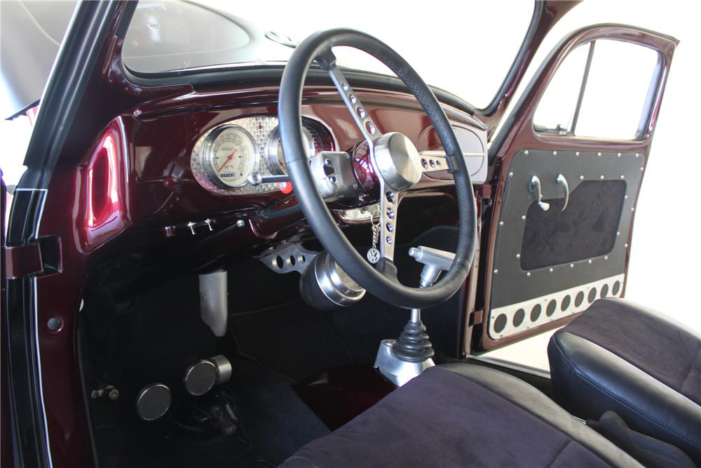 1960 VOLKSWAGEN BEETLE CUSTOM 2 DOOR COUPE - Interior - 130325