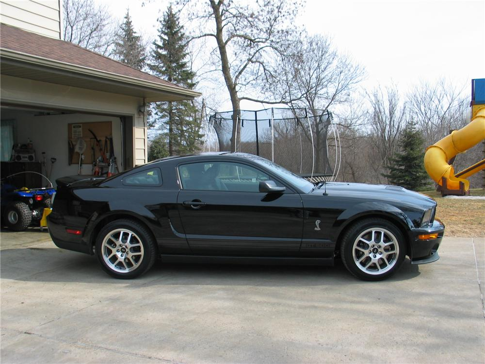 2008 FORD MUSTANG SHELBY GT500 2 DOOR COUPE - Side Profile - 130340