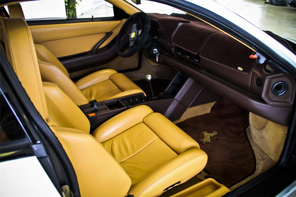 1989 FERRARI TESTAROSSA 2 DOOR COUPE - Interior - 130345